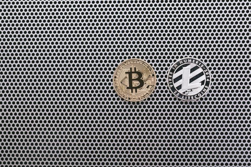 bitcoinPAKU6055_TP_V4
